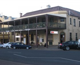The Family Hotel - Tweed Heads Accommodation