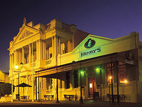 The World Theatre - Tweed Heads Accommodation