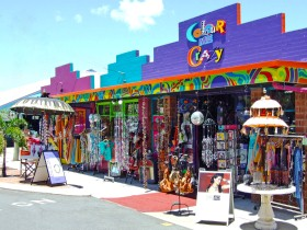 Colour Me Crazy - Tweed Heads Accommodation