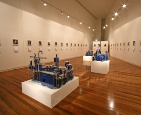 Wagga Wagga Art Gallery - Tweed Heads Accommodation