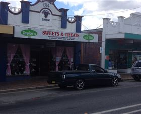 Taylors Sweets and Treats - Tweed Heads Accommodation