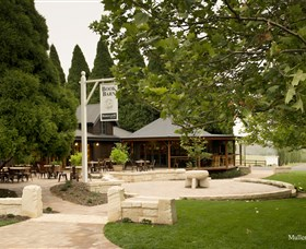 Bendooley Estate Book Barn - Tweed Heads Accommodation