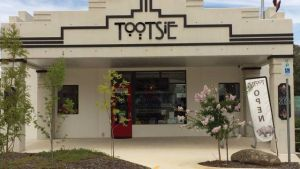 Tootsie Fine Art and Design - Tweed Heads Accommodation