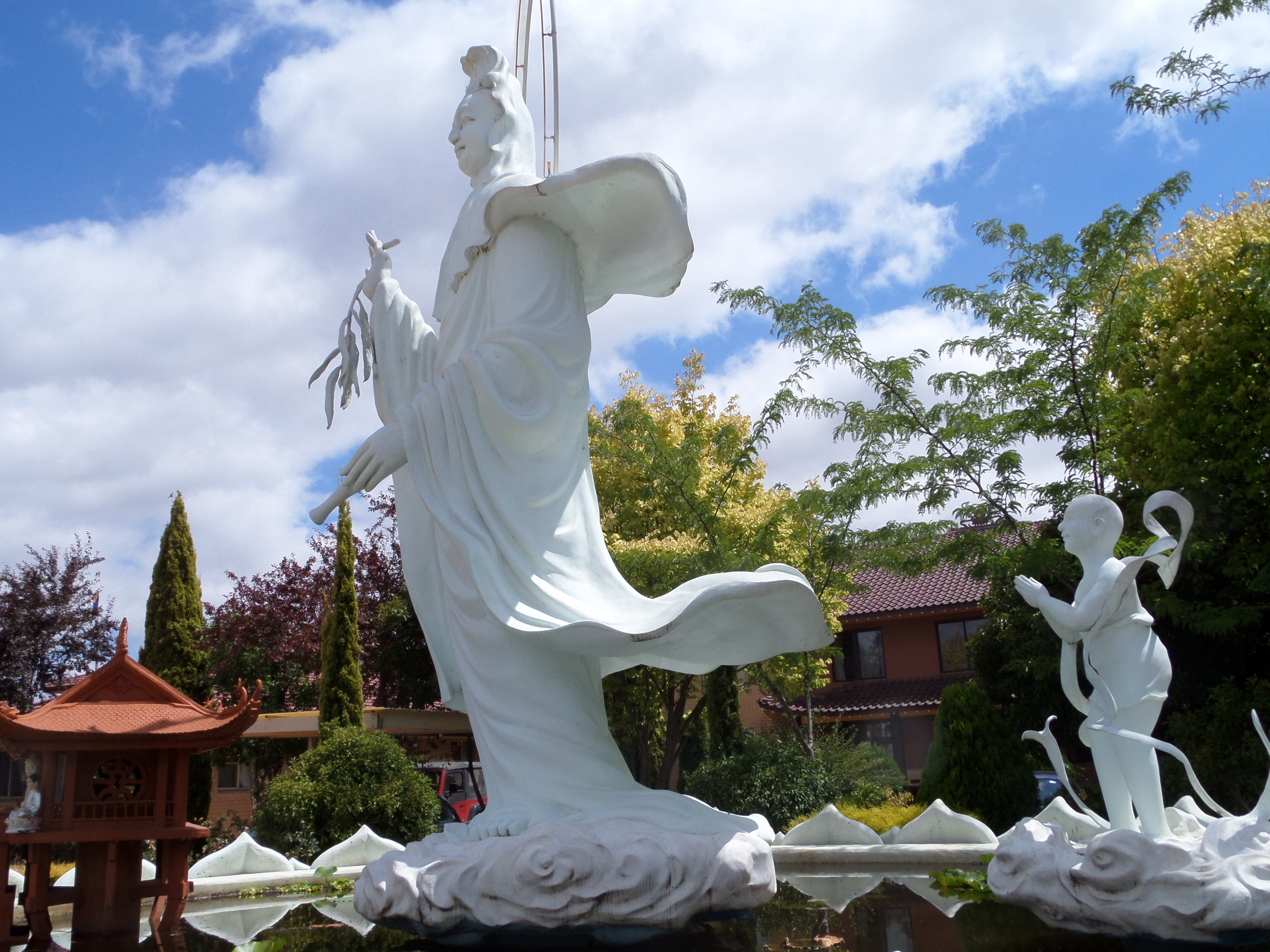 Sakyamuni Buddhist Centre/Van Hanh Monastery - Tweed Heads Accommodation