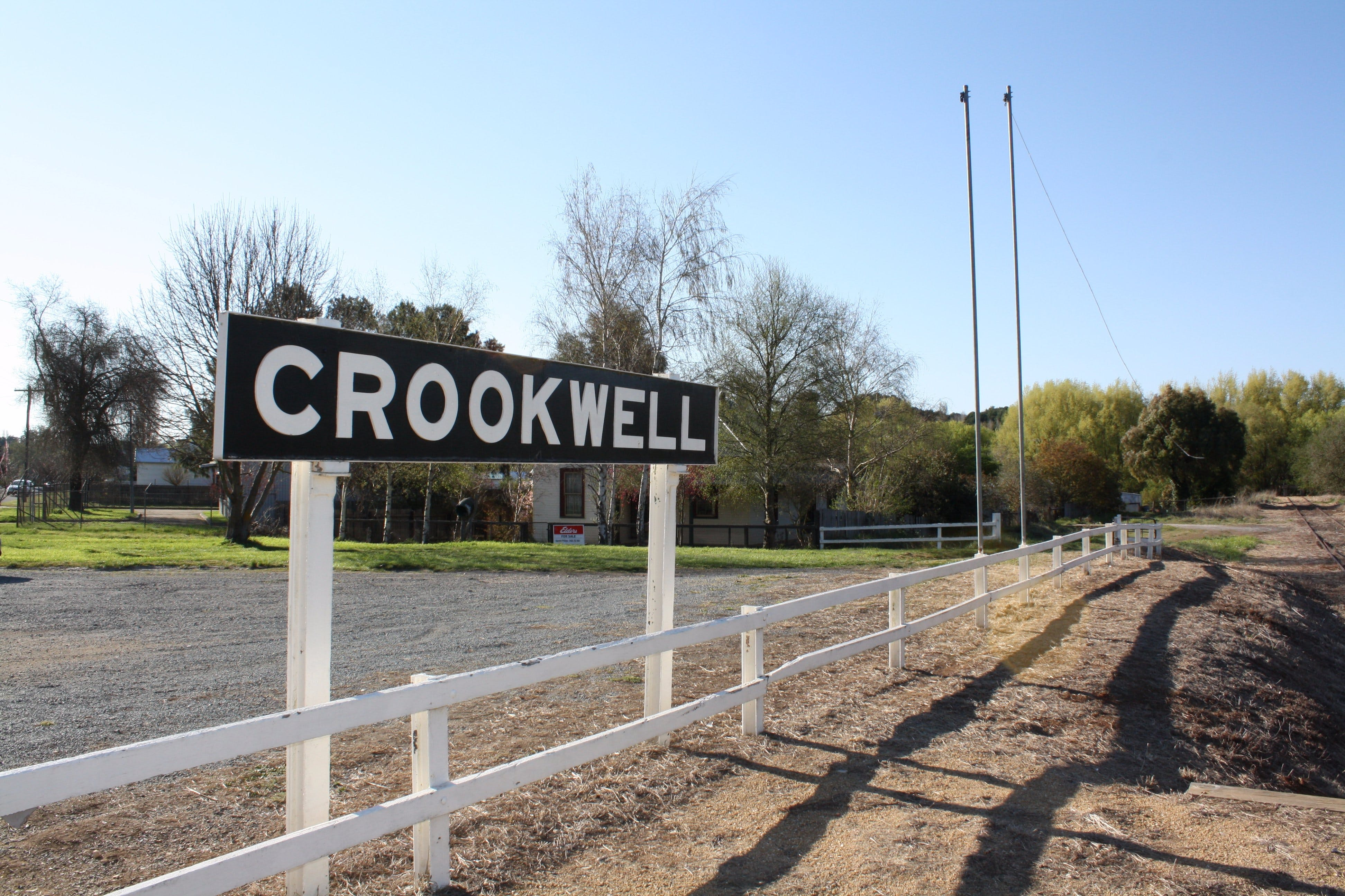 Crookwell Railway Station - Tweed Heads Accommodation
