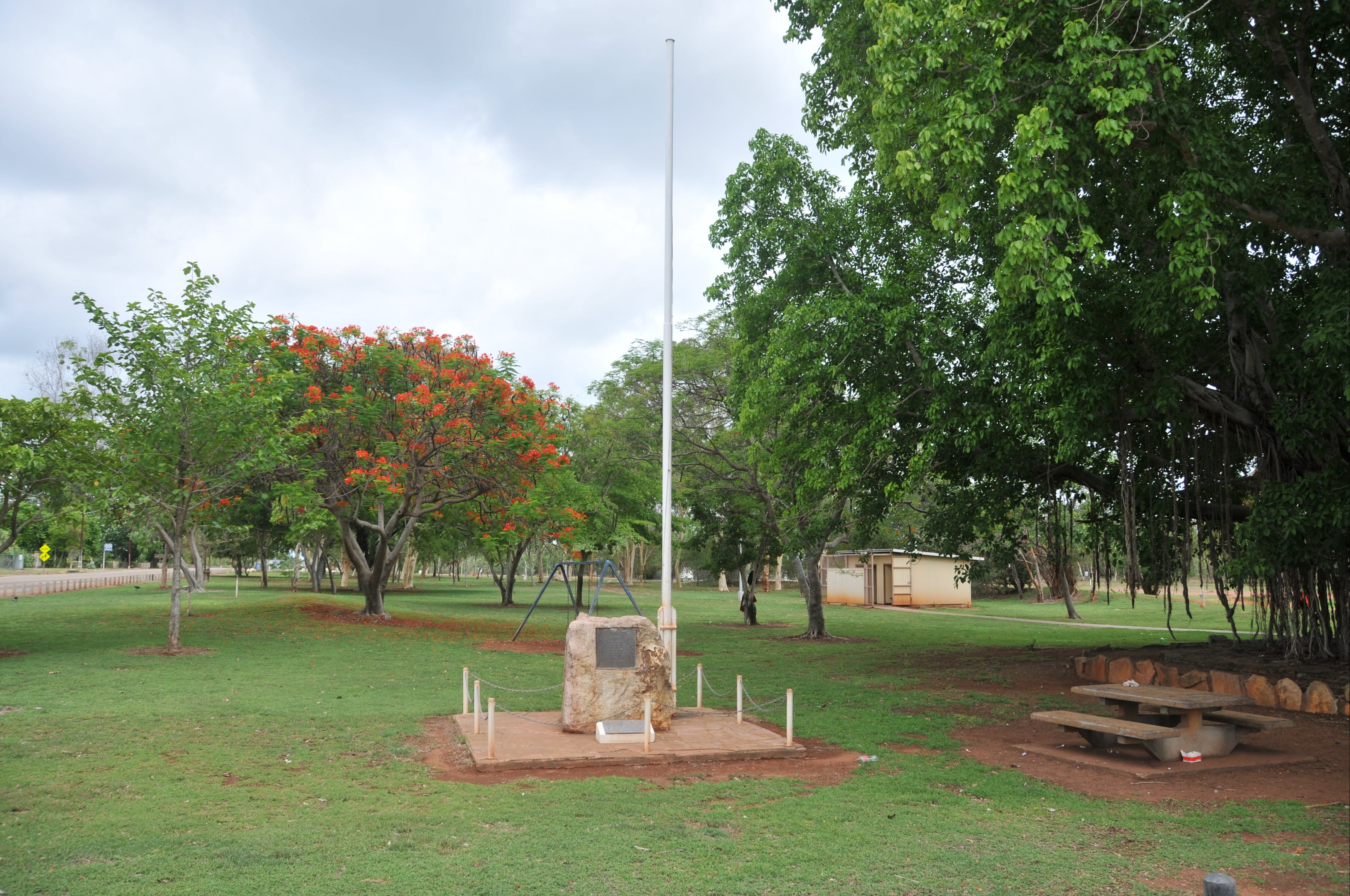 Mataranka War Memorial - Tweed Heads Accommodation