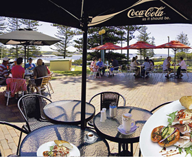 The Beach and Bush Gallery and Cafe - Tweed Heads Accommodation