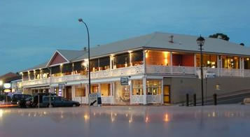 Seacliff Beach Hotel - Tweed Heads Accommodation