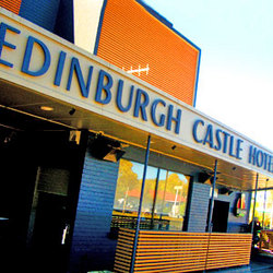 The EDI - Edinburgh Castle Hotel - Tweed Heads Accommodation