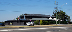 Crossroads Hotel - Tweed Heads Accommodation