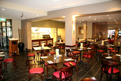 Castello's Foresters Arms Hotel - Tweed Heads Accommodation