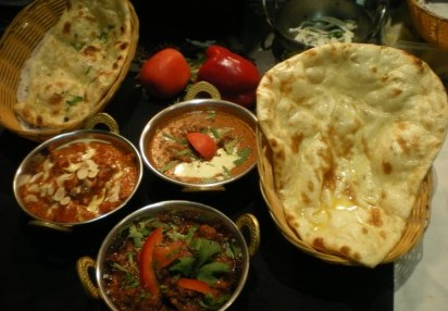 Tandoor  Curry Hut Indian Restaurant - Tweed Heads Accommodation