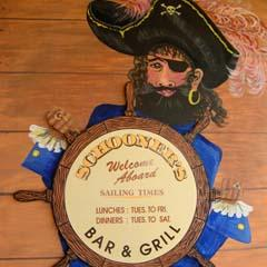 Schooners Bar  Grill - Tweed Heads Accommodation