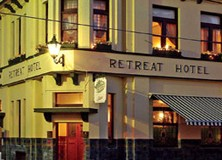 The Retreat Hotel - Tweed Heads Accommodation