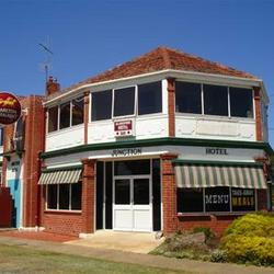 Allansford Hotel - Tweed Heads Accommodation