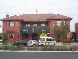 Commercial Hotel Hayfield - Tweed Heads Accommodation
