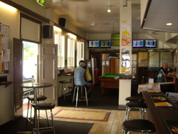Riverstone Hotel - Tweed Heads Accommodation