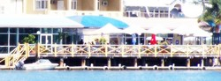 The Outrigger Bar - The Parade Hotel - Tweed Heads Accommodation