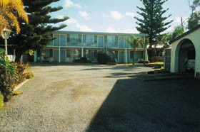 Troubridge Hotel - Tweed Heads Accommodation