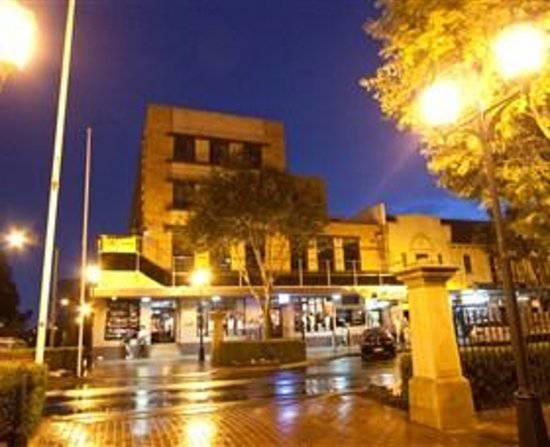 Amaroo Hotel - Tweed Heads Accommodation