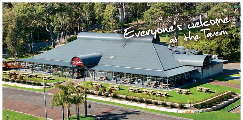 Empire Bay Tavern - Tweed Heads Accommodation