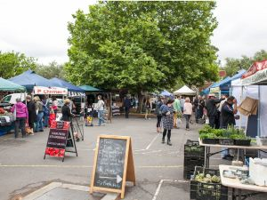 Alphington Farmers' Market - Tweed Heads Accommodation