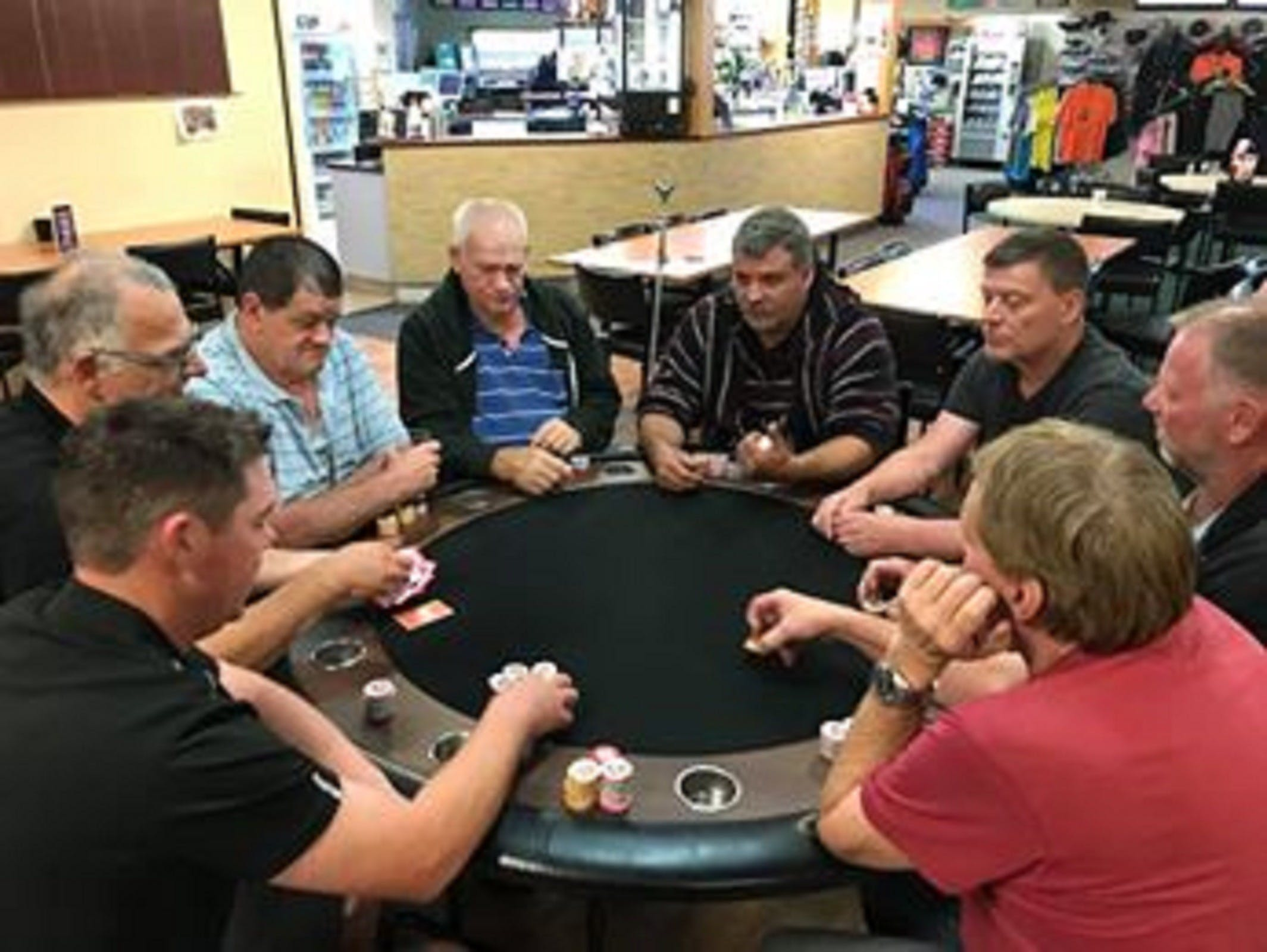 Numurkah Golf and Bowls Club - Poker Wednesday - Tweed Heads Accommodation