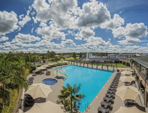Crowne Plaza Hunter Valley - Tweed Heads Accommodation