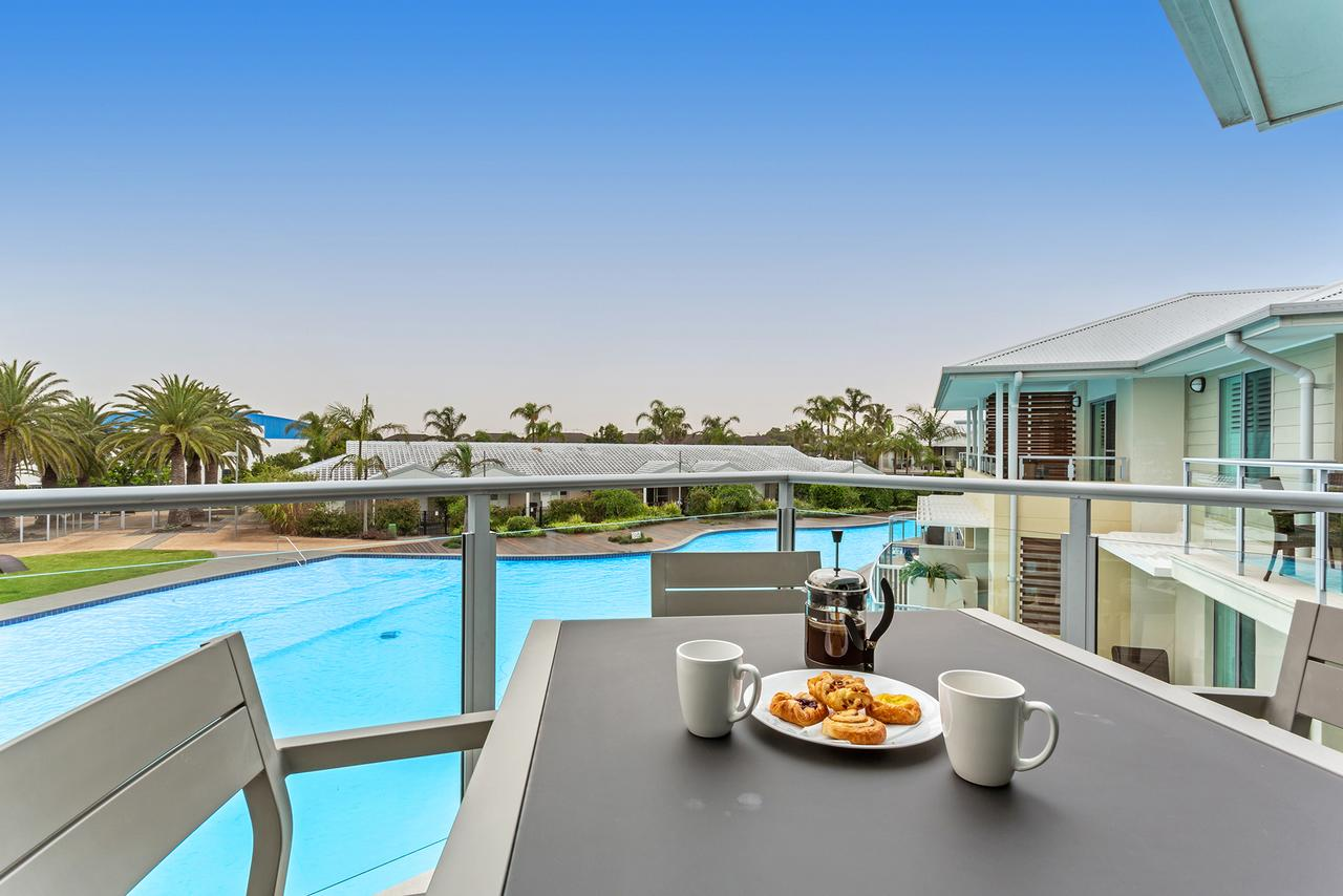 Pacific Blue Apartment 278 265 Sandy Point Road - Tweed Heads Accommodation