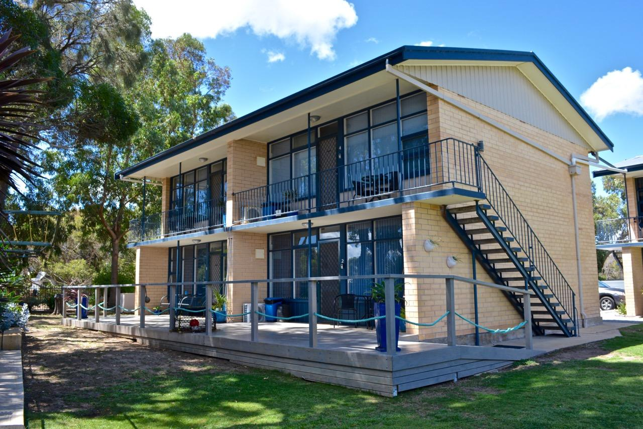 Longbeach Apartments - Tweed Heads Accommodation