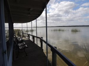 PS Federal Retreat Paddle Steamer Goolwa - Tweed Heads Accommodation