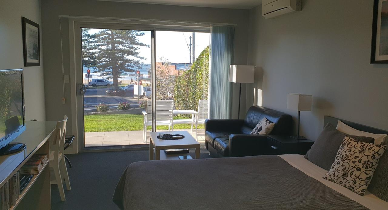 2 Austinmer Studio - Tweed Heads Accommodation