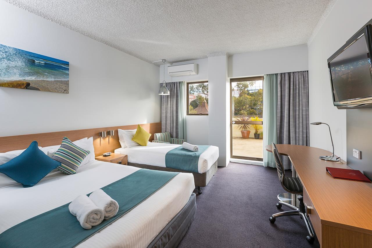 Metro Hotel Miranda - Tweed Heads Accommodation