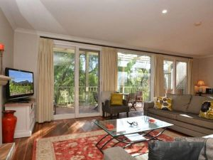 Villa Chianti located within Cypress Lakes - Tweed Heads Accommodation