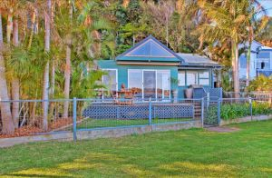 Swan Bay Hideaway - Tweed Heads Accommodation