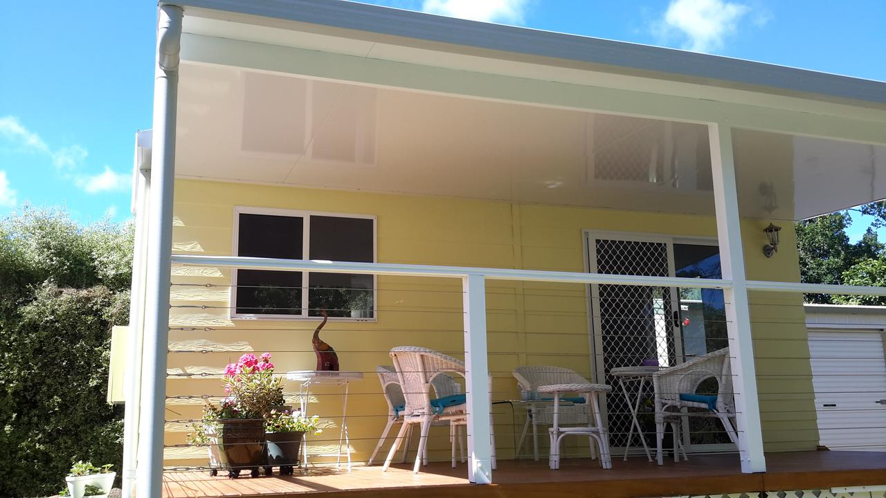 The Best Exotic Magnolia Cottage - Tweed Heads Accommodation