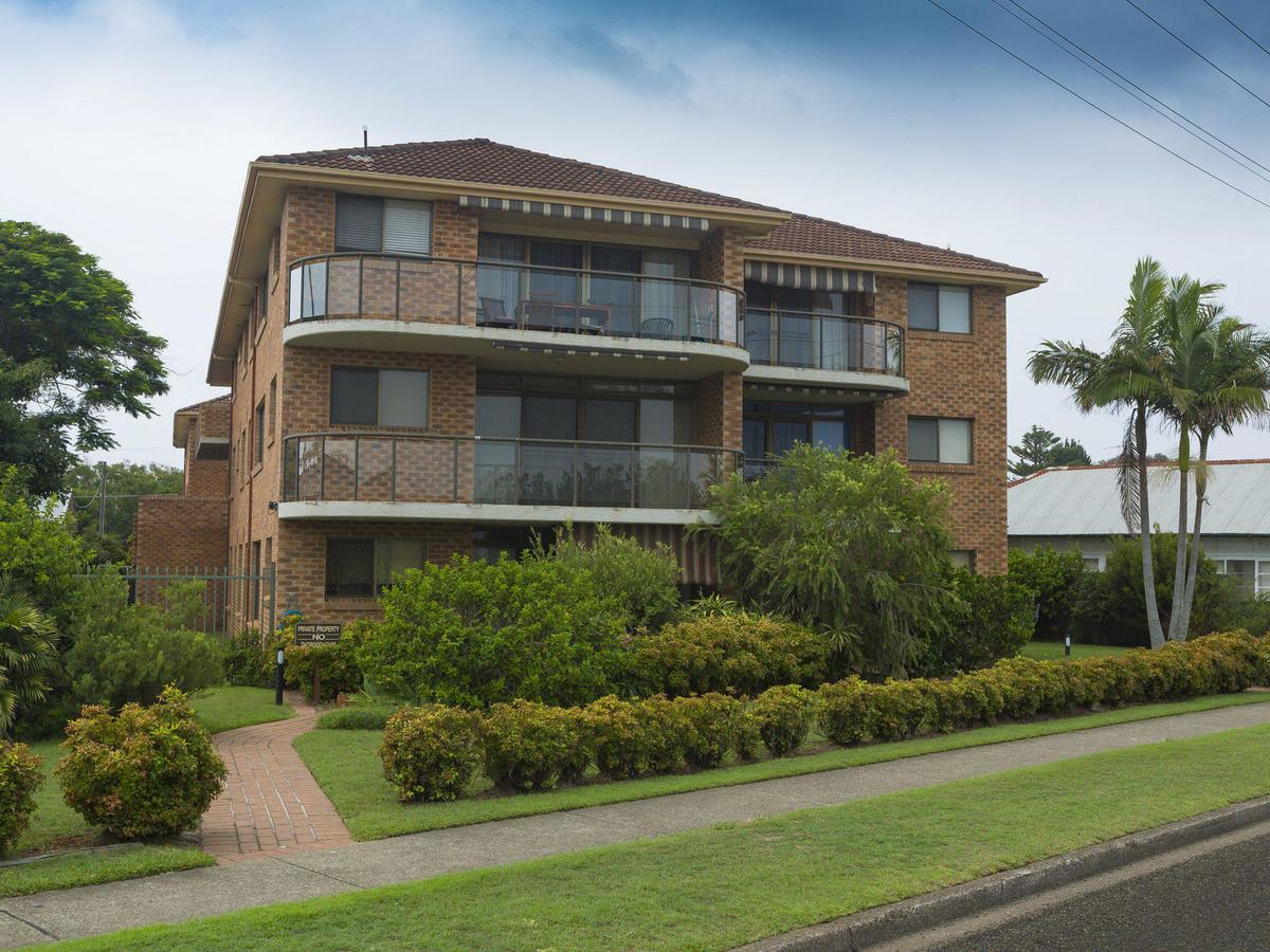 9 Braemar- skip hop and jump from everything - Tweed Heads Accommodation