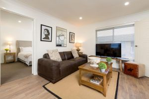 Sleeping in Style - Central  Sophisticated - Tweed Heads Accommodation