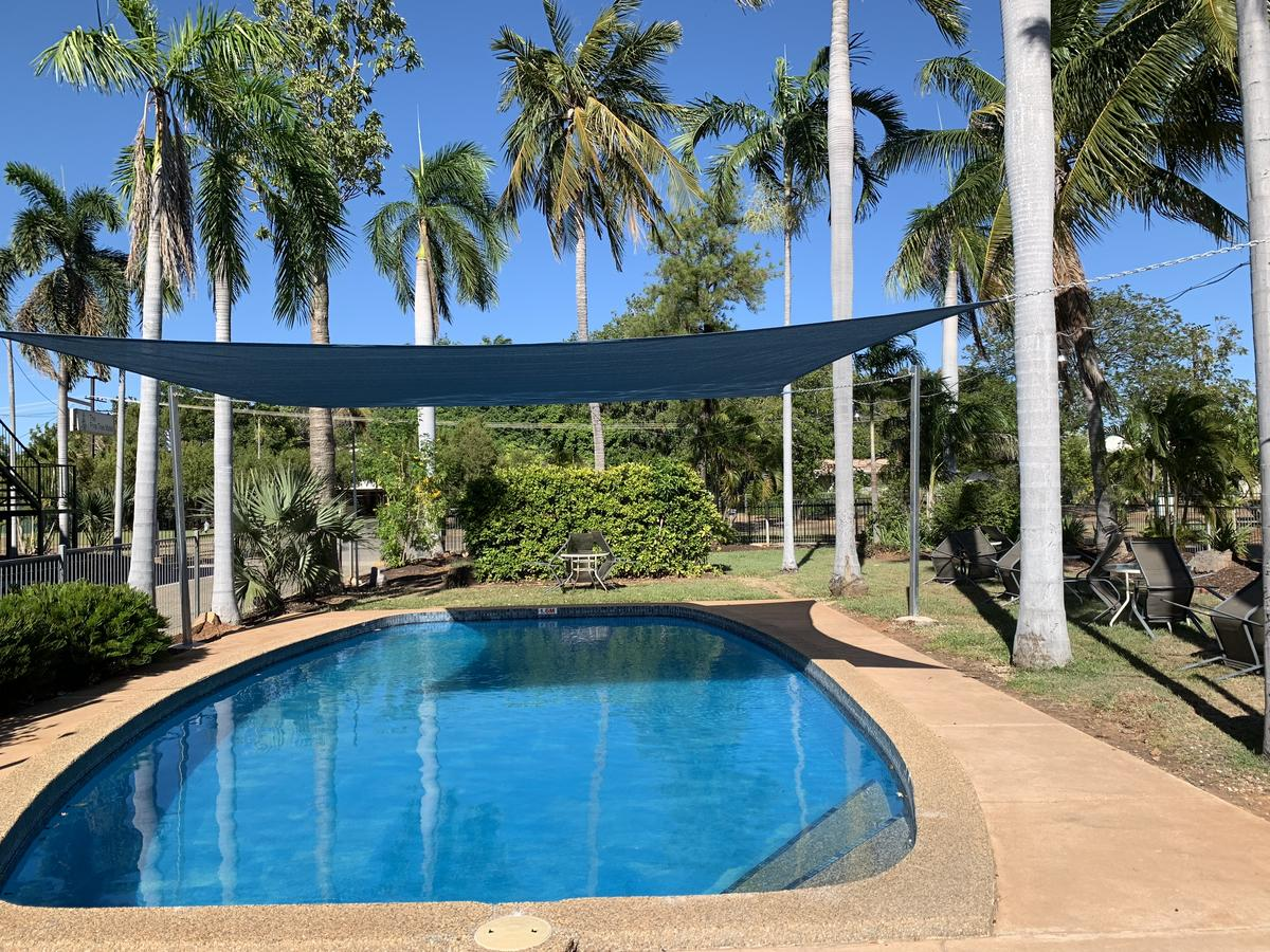 Pine Tree Motel - Tweed Heads Accommodation