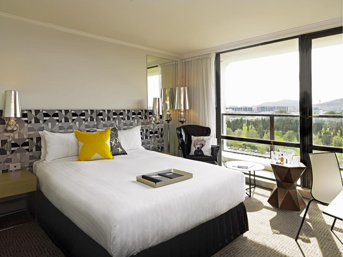 QT Canberra - Tweed Heads Accommodation