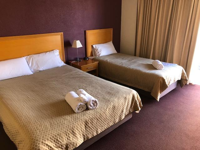 Horse  Jockey Hotel Motel - Tweed Heads Accommodation