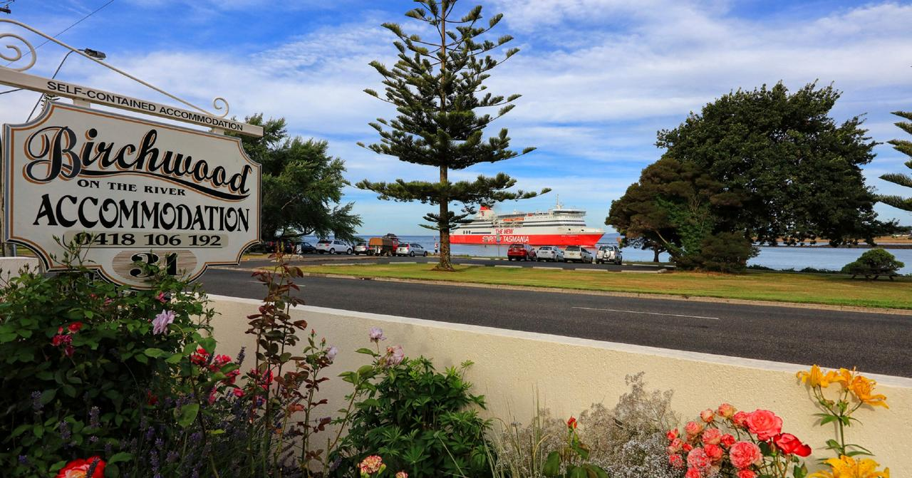 Birchwood Devonport self-contained self catering accommodation - Tweed Heads Accommodation