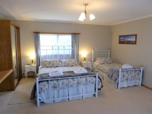 Tamar River Retreat - Tweed Heads Accommodation