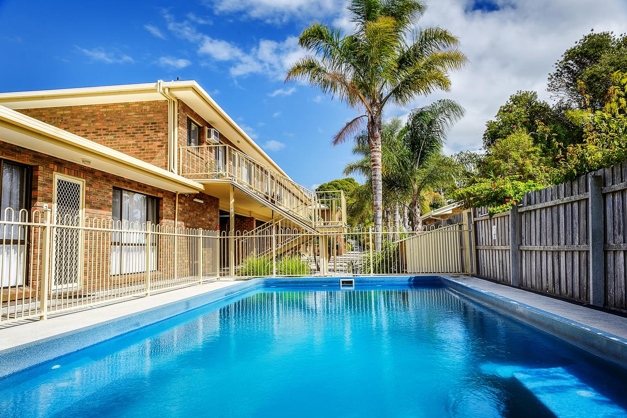 Allambi Holiday Apartments - Tweed Heads Accommodation