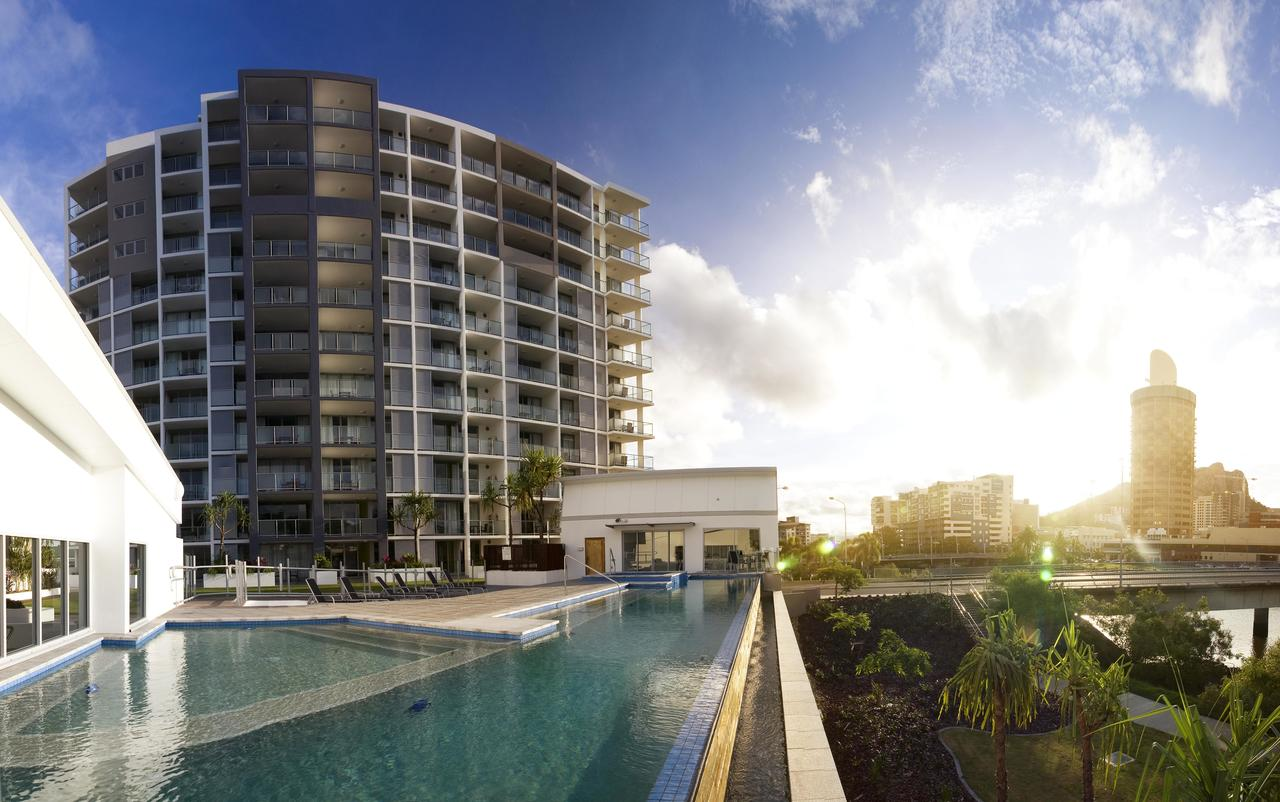 Oaks Gateway Suites - Tweed Heads Accommodation