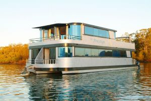 Coomera Houseboats - Tweed Heads Accommodation