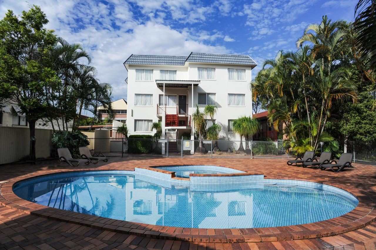 Earls Court Motel  Apartments - Tweed Heads Accommodation