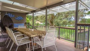 'RIVERSIDE RETREAT' 544 Ocean Drive North Haven - Tweed Heads Accommodation