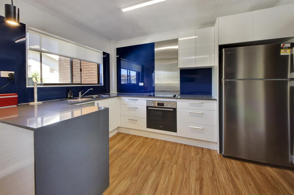 Azure Beach Stop - Tweed Heads Accommodation